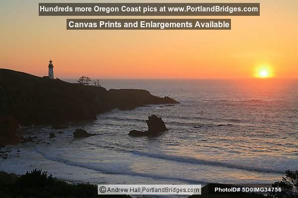 Sunset at Newport, Oregon, Yaquina Head Lighthouse